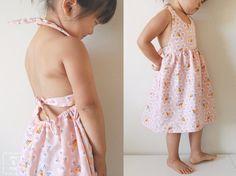 """Cette petite robe """"Fluttering Fields"""" réalisée par Cherie du blog you and mie est vraiment super mignonne ! vous n'êtes pas d'accord?"""