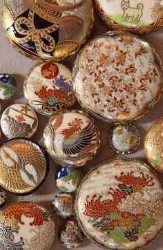 Japanese traditional Satsuma ceramic buttons 薩摩ボタン