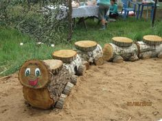 Wood Log Crafts, Diy Wood Projects, Projects To Try, Garden Crafts, Diy Garden Decor, Garden Decorations, Crafts To Sell, Diy And Crafts, Crafts For Kids