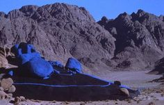 The Blue Desert is Jean Verame's work of art, commemorating Egyptian-Israeli peace agreement, created in 1980. The monument features giant boulders in the desert painted blue, symbolizing peace.