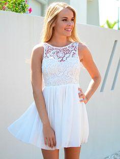 Robe en blanche dentelle robe blanche en dentelle