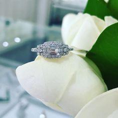 One of the prettiest rings I've seen 💕 #baguette #portfairyjeweller #portfairy #eternityring #engagementring #justbecausering #loveit #leskesdiamondssparklemore #leskesdiamonds #sparkle #gorgeous #makeityours  #Regram via @loveleskesjewellers