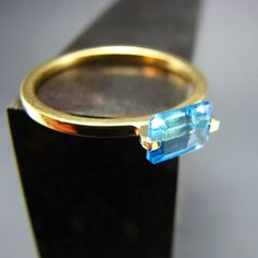 THIS IS EXCELLENT: In convo w/jeweler to see if could replace stone with Grey Topaz Grey Diamond White Topaz White Sapphire  Hey, I found this really awesome Etsy listing at https://www.etsy.com/listing/188835662/cote-d-azure-14k-solid-gold-blue-topaz