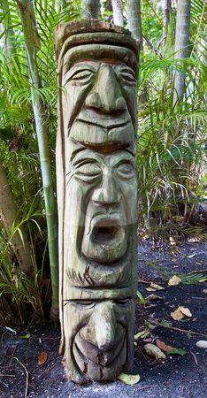 Abstract Sculpture, Wood Sculpture, Totem Pole Craft, Tiki Head, Painted Driftwood, Garden Totems, Inuit Art, Wood Stone, Land Art