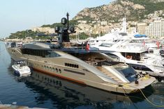 Let's get away, shall we?! Palmer Johnson #Yacht DB9 in Port de Cap d'Ail / Monaco