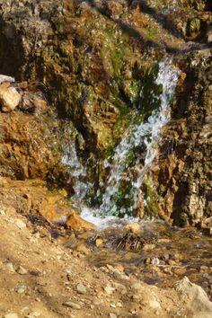 Mały wodospad w Dolomitach Sportowej Dolinie | fot. Anna Miklaszewska