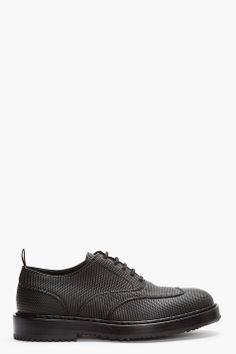 KRISVANASSCHE Black pebbled oxfords