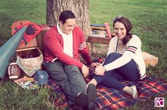 Vintage-Retro Picnic Engagement Session | Austin Wedding Photographer Kelly Cameron » Kelly Cameron  http://kellycamero.net