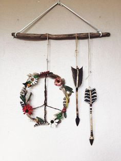 4 Dazzling Hacks: Natural Home Decor Rustic Grey natural home decor diy baking soda.Natural Home Decor Diy Baking Soda natural home decor rustic grey.Natural Home Decor Bedroom. Dreamcatchers, Dreamcatcher Feathers, Boho Lifestyle, Boho Dekor, Deco Nature, Arts And Crafts, Diy Crafts, Bead Crafts, Sewing Crafts