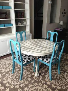 DIY chevron table and chairs.  Trash to treasure!