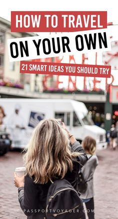 When you're traveling alone you often encounter unique challenges and situations! This can be both exhilarating and a little bit scary. These 21 pro tips from experienced solo travelers will help make your whole trip much more safe and fun! tips hacks Solo Travel Tips, Travel Advice, Travel Guides, Travel Hacks, Travel Info, Travel Packing, Budget Travel, Time Travel, Europe Packing
