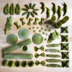 Linda Miller Nicholson, a. has become an internet star for her technicolor pasta shapes. Ravioli, Linda Miller, Make Your Own Pasta, Pasta Noodles, Edible Flowers, Dough Recipe, Dumpling, Shades Of Green, Pasta Recipes
