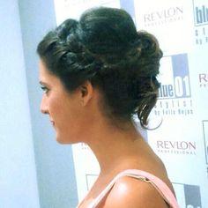 Espléndida!!!! #blue01stylist #recogido #peinados #peluqueria #peluquerias #peluqueriaunis… http://ift.tt/1LpdY5z