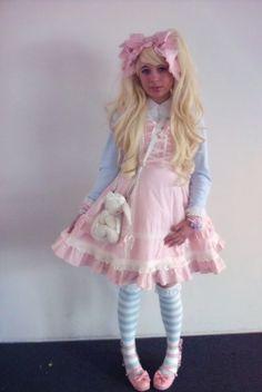 "vegan-prince: "" my outfit sunday at svscon (人゚∀゚*) "" Princes Dress, Petticoated Boys, Mommys Boy, Brolita, Kawaii, Angelic Pretty, Satin Blouses, Lolita Dress, Pastel Goth"