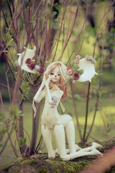 Group: ❀ My Endless Forest {many dolls and many pictures!} ❀ : Very cute Deer BJD! Very nice photo as well. Bjd, Ball Jointed Dolls, Art Dolls, Cool Photos, Disney Characters, Fictional Characters, Aurora Sleeping Beauty, Disney Princess, Cute