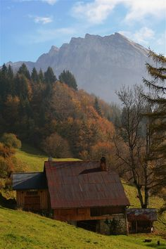 Walking above Samoens on a clear crisp autumn day with the colours of the trees simply beautiful