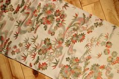 Kimono Silk, Vintage Japanese Silk from Kimono, 1 Meter Length Floral Patterned Silk Fabric, Sewing & Craft Supply, Free Air Shipping by KominkaFabricsJapan on Etsy