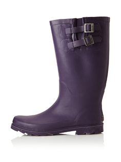 I think this purple rainboot would be great for working in the garden! Chooka  Women's