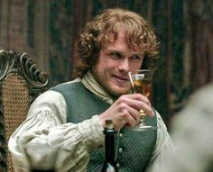 First dinner at home in Lallybroch? Claire Fraser, Jamie Fraser, Outlander Characters, Diana Gabaldon Outlander Series, Outlander Season 1, Outlander Tv Series, Outlander Casting, Sam Heughan Outlander, Star Wars