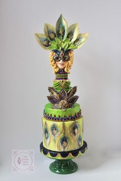 """""""Fleurdelis in Peacock Dreams"""" My contribution to the Mardi Gras Celebration By the Carnival Cakers Sugar Artists hosted by Heba M Elalfy and Jennifer Kennedy O'Friel ❤ Hope you like it! 🙂 please visit and like our page ⬇️. Camo Wedding Cakes, White Wedding Cakes, Masquerade Cakes, Masquerade Wedding, Peacock Cake, Fancy Cakes, Pink Cakes, Crazy Cakes, Mardi Gras Carnival"""