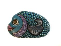 Hand+Painted+Pebble+Blue+Fish+//+3D+Art+Object+/+by+bybirdsandbees