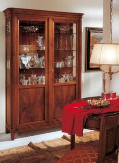 Display cabinet with two doors with walnut feather. Made in Italy  www.casanobile.it
