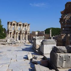 Seeing the third largest library in the world - Library or Celsius in #Ephesus #Turkey