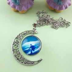 Silver Crescent Moon Necklace Brand New #N075 Jewelry Necklaces