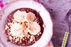 Looking for a Cocoa Hazelnut Oatmeal recipe? Get great family cooking recipes for kids and adults. Recipes for Cocoa Hazelnut Oatmeal are great to make with the whole family. The Oatmeal, Good Healthy Recipes, Healthy Sweets, Low Carb Recipes, Paleo Cookbook, 5 Recipe, Kids Cooking Recipes, Chocolate Oatmeal, Oatmeal Recipes