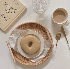 Cream Aesthetic, Aesthetic Food, Always Hungry, Cafe Style, Milk Tea, Cute Food, Nom Nom, Buffet, Bakery