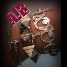 Glam instock #ashasjewelrybox#glam#armcandy#armswagg#accesories#jewelry - @ashasjewelrybox- #webstagram