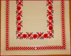 Mint országszerte általában, Szécsény környékén is a színes hímzést, a… Hungarian Embroidery, Folk Fashion, Flower Art, Embroidery Patterns, Floral Design, Cross Stitch, Color, Portuguese, Hungary
