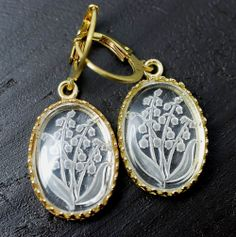 """Romantic eaarings. Raw brass leveringback, gold-plated brass frame, real vintage glass """"intaglio"""" cameo with Lilly of the Valley (Germany, appr. 1980)."""