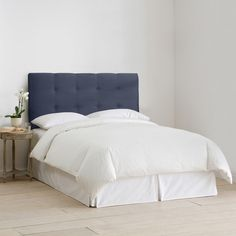 Skyline Furniture Upholstered Headboard in Micro-Suede Lazuli Blue (295 CAD) ❤ liked on Polyvore featuring home, furniture, beds, blue, upholstered king size beds, king size bed, queen tufted headboard, king tufted headboard and queen headboard