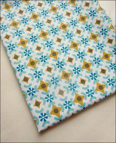 Tissu au mètre coton imprimé motifs tendance vintage : Tissus Habillement, Déco par atomictissus