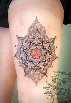 rigoni 25 Trippy Geometric Tattoos (Photo Gallery)