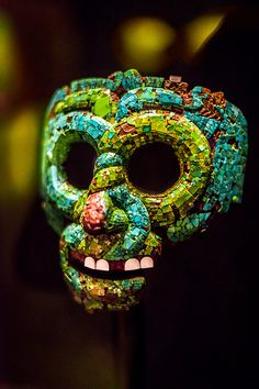 Aztec Snake Mask - The British Museum, London Aztec Artifacts, Ancient Artifacts, Ancient Aztecs, Ancient Civilizations, Aztec Mask, Aztecas Art, Aztec Culture, Art Premier, Mesoamerican