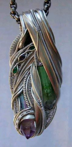 ©Cameron Olson #wirewrap #jewelry #wirewrapjewelry