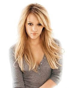 Hilary Duff - Long Layered Haircuts With Side Swept Bangs For Straight Hair Pretty Hairstyles, Wig Hairstyles, Celebrity Hairstyles, Hairstyles With Side Bangs, Style Hairstyle, Updo Hairstyle, Popular Hairstyles, Hairstyle Ideas, Wedding Hairstyles
