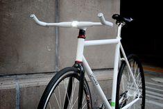 "onyourmark | NEWS | ハンドルを変えるだけ!あなたの自転車が""スマートバイク""になるHeliosBar"
