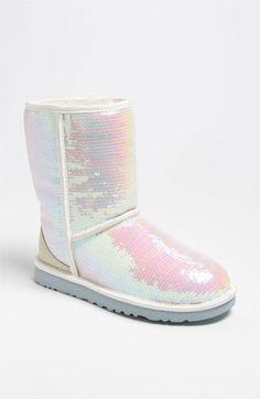 90 best uggs u003c3 images dressing up woman fashion boots rh pinterest com
