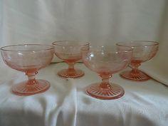 Vintage Lovely 4 Pink Depression Glass Sherbet Dessert Champagne Glasses