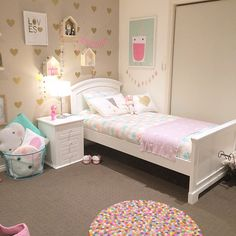 """I will be installing my clients baby girls nursery tomorrow...... Keep an eye out for the pics xxxx"""