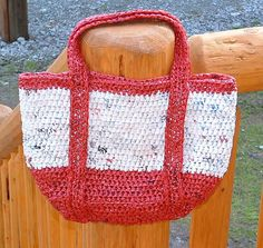 This is made with plarn, would like to make with a bulky yarn