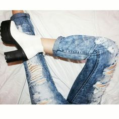 Ripped jeans and #soleaffair shoes