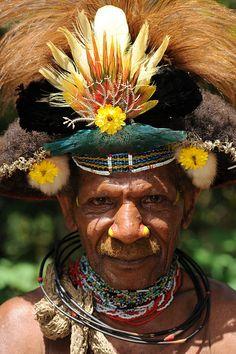 Huli tribe - Papua New Guinea פפואה גינאה החדשה www.papua-by-raz.co.il/papua