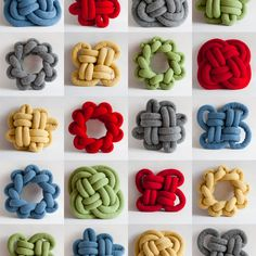 These Notknot pillows will brighten up your living room! They are oversized knots made out of filled woolen cylinders. They are soft and warm and come in many beautiful colours. Many different knots have been tied for thousand of years, for professional and decorative use. Shapes used for the Notknot pillow.