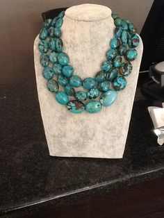 Perfect for summer and off shoulder dresses! Jade Jewelry, Turquoise Jewelry, Silver Jewelry, Diy Jewelry, Love Necklace, Beaded Necklace, Antique Jewelry, Vintage Jewelry, Southwest Jewelry