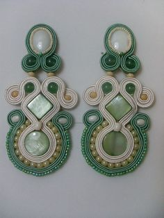 Quilling Jewelry, Soutache Jewelry, Jewelry Crafts, Clay Fairy House, Clay Fairies, Shibori, Jewerly, Ribbon, Drop Earrings