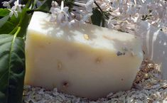 Homemade natural shaving soap recipes -- I want to try the foaming one!